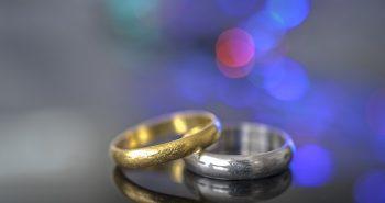 טבעות אירוסין: זהב לבן או צהוב?