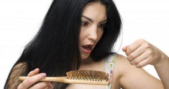 איך באמת מתמודדים עם נשירת שיער?